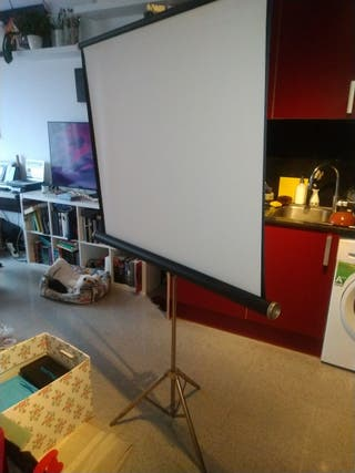 Pantalla proyector Cine con trípode