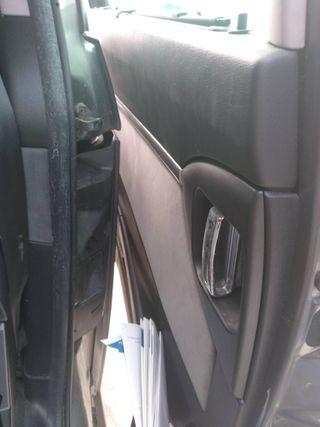 X232639 Guarnecido puerta trasera izquierda