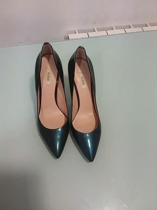 Zapatos de salón Guess azul degradé