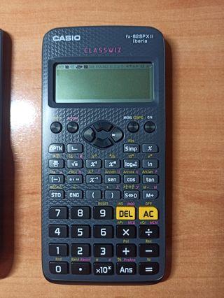 Calculadora científica Casio FX-82SP X II