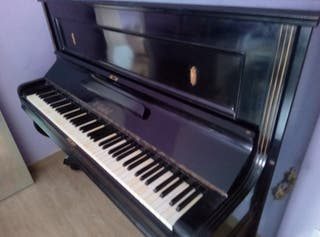piano de pared