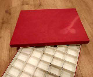 Caja de cartón duro para coleccion de 100 minerale