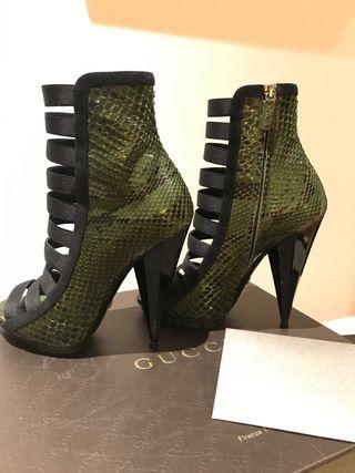 Zapatos gucci de serpiente pitón verdes 38
