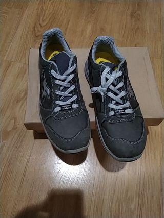 zapatos de Seguridad diadora 42