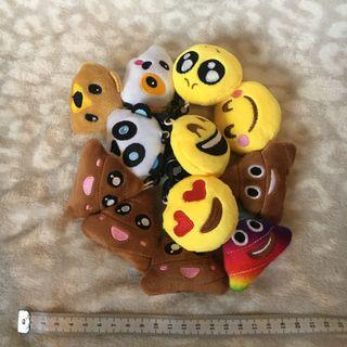 Lote 12 llaveros NUEVOS emojis emoticonos