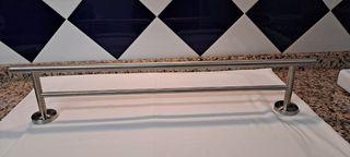 Toallero 2 barras acero inoxidable grande.