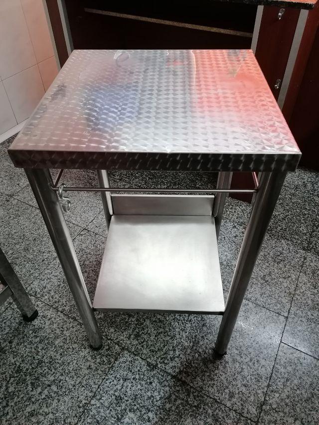 Mesa en acero