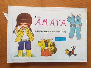 Antiguo libro de muñecas recortables