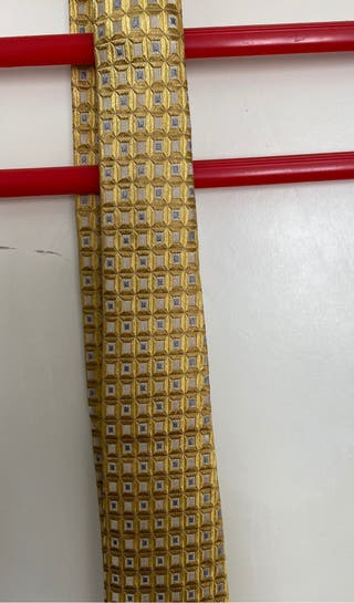 Corbata seda dorada vintage