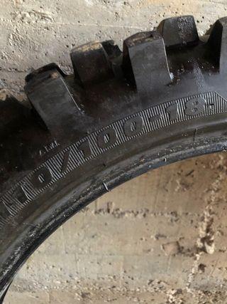 Neumático 110/100/18 enduro cross