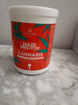 mascarilla capilar de cannabis y queratina