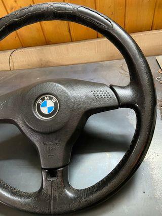 volante de BMW e36