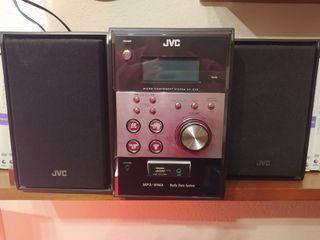 Minicadena JVC MP3/WMA en perfecto estado.