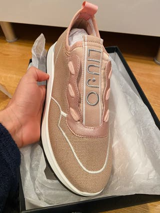 Preciosas zapatillas Lui-jo