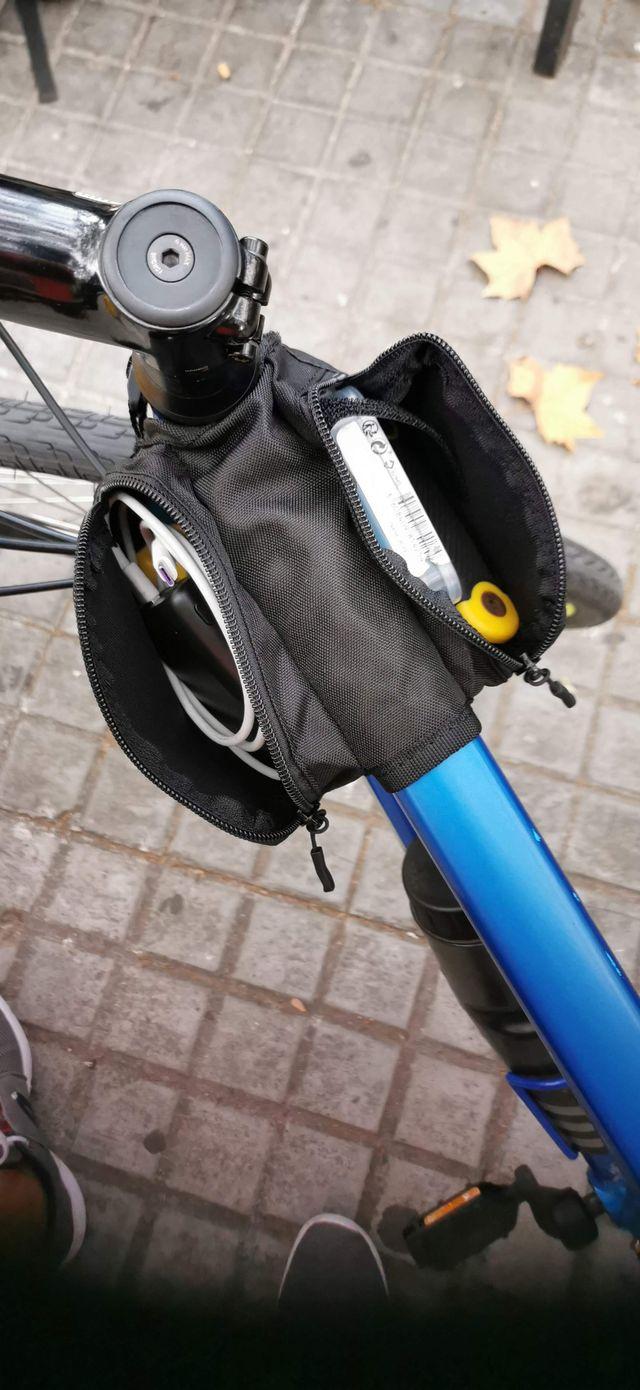 Bicicleta Híbrida Trek FX2 Disc 2020 con extras