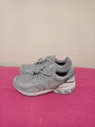 zapatillas Reebok trail Gortex 42