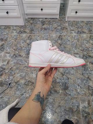 Zapatilla Adidas retro