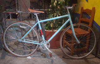 Bicicleta paseo ciudad urbana
