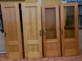 Se venden cuatro puertas de mobila maciza