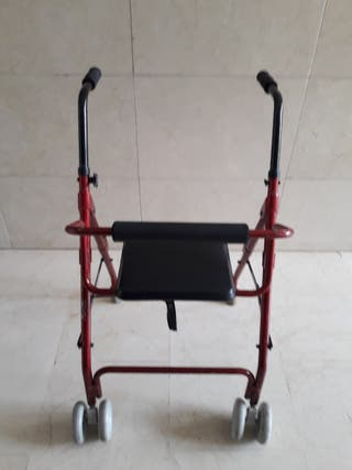 Andador para ancianos con asiento