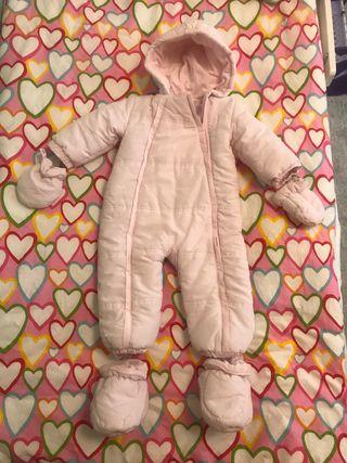 Buzo de bebé con capucha (no hago envíos)