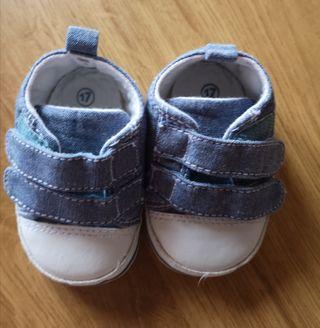 Zapatitos bebé talla 17