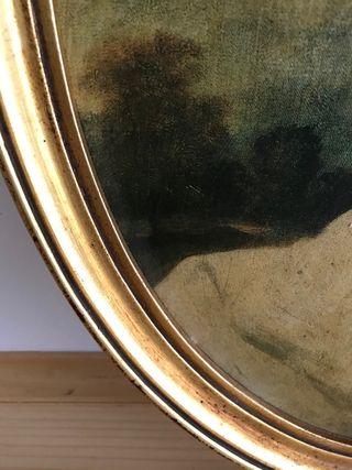 Antiguo cuadro ovalado dorado con bisel