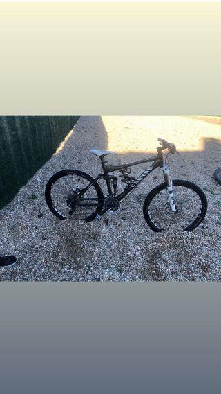 bici enduro canyon