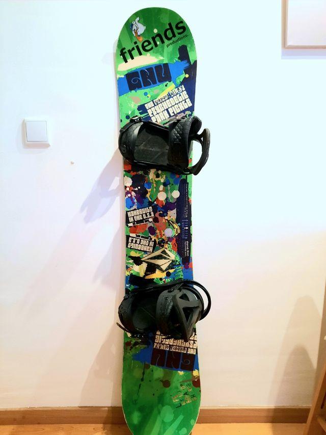 Tabla Snowboard GNU + fijaciones Burton Mission