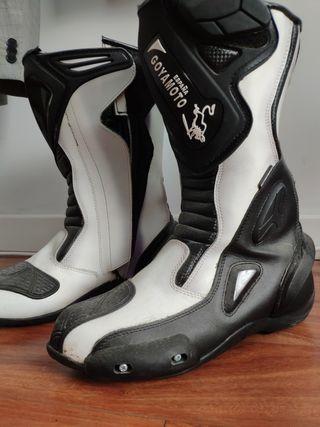 Botas moto de piel con protecciones