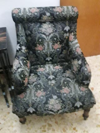 sillón muy antiguo