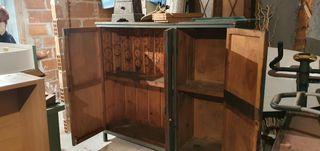se vende mueble industrial