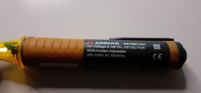 Detector de Tensión y Metales sin Contacto DETMET