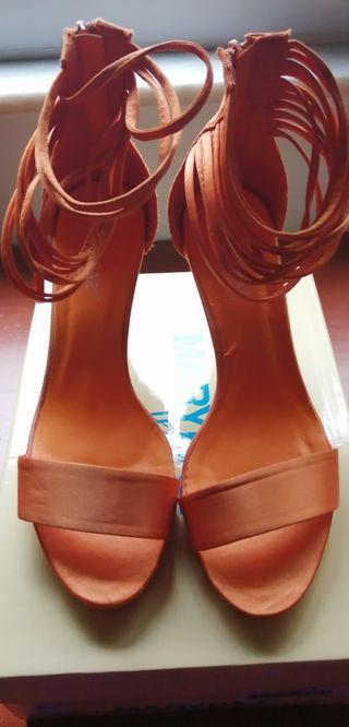 Sandalias de Mujer de tacón.