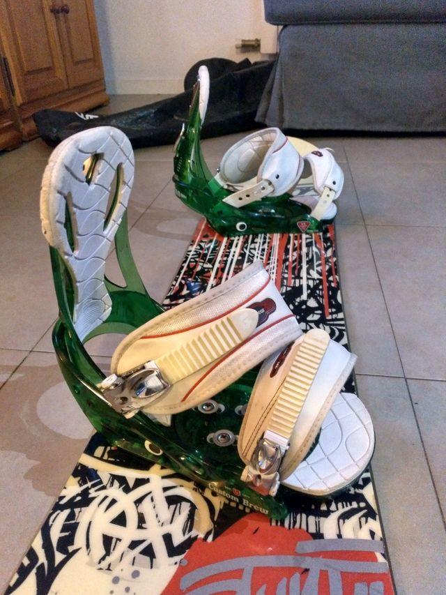 Tabla snowboard Burton con fijaciones 155cm