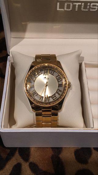 Reloj LOTUS dorado con brillantes