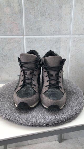 Zapatillas tacón interior