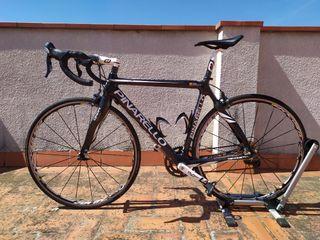 bicicleta de carretera Pinarello