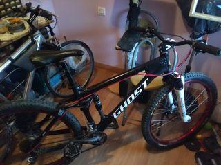 Bicicleta marca Ghost amr 7500