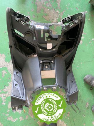 Panel inferior interior Yamaha Xmax 125 250 400 cc