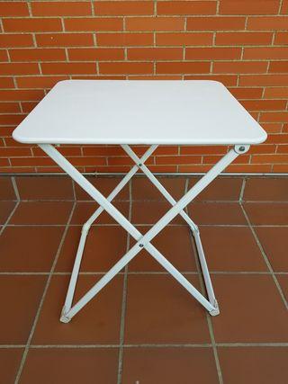 Mesa jardín plegable metálica blanca exterior