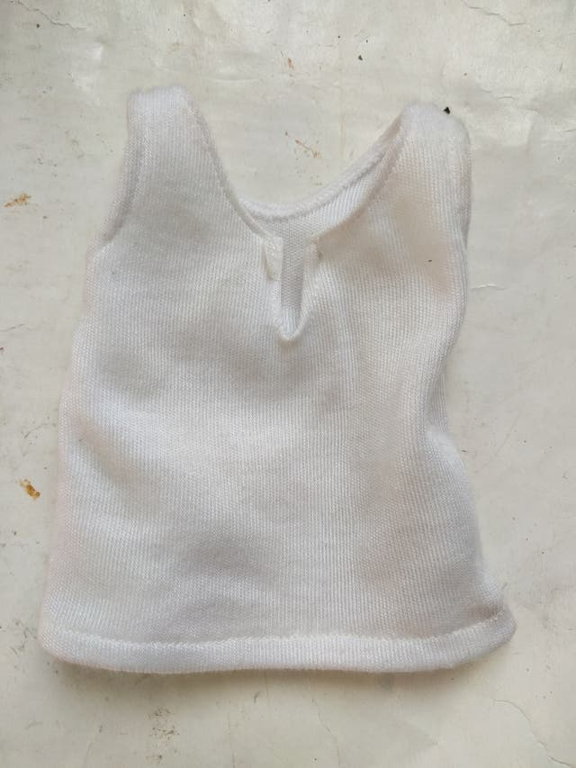 muñeca Nancy Famosa camiseta blanca