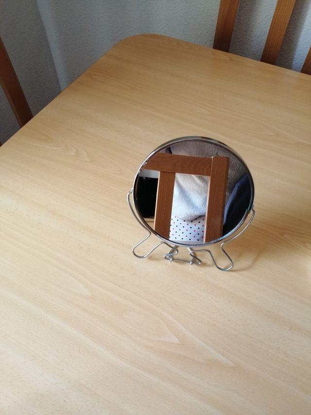 Sauna facial y espejo aumentador