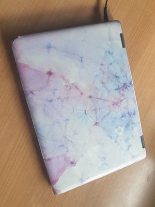 ordenado portátil, tablet táctil.