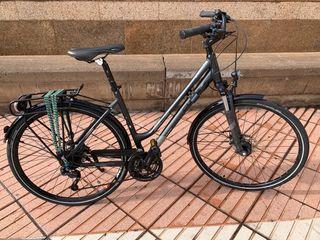 Bici paseo ciudad CUBE