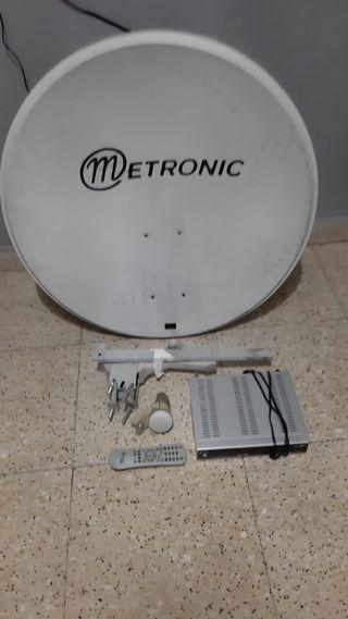 antena y receptor satelite