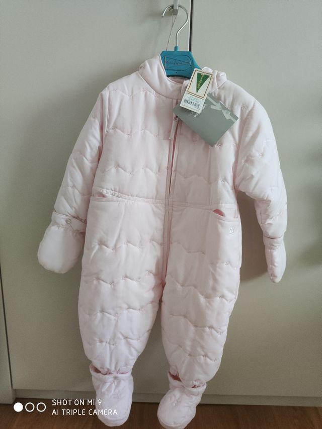 Buzo bebe niña con capucha. 12 meses