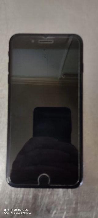 Se vende iPhone 7 Plus 128 gigas