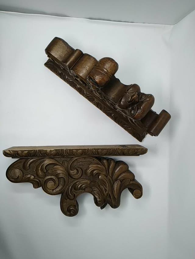 soportes para barra de cortina de madera tallada