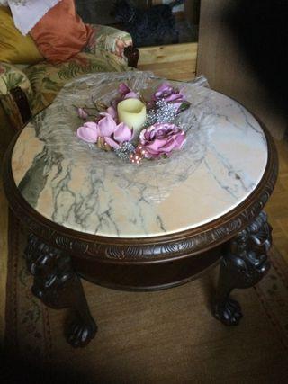 Mesa Salon, antigua